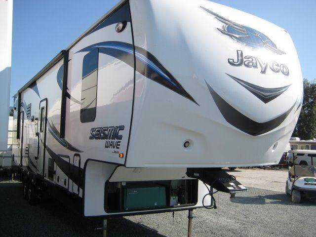 2015 Jayco SEISMIC WAVE 310W FIFTH WHEEL - Grants Pass OR