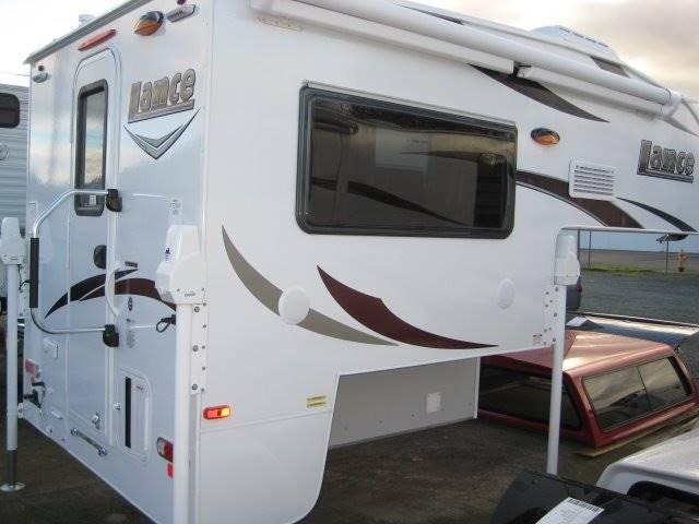 2017 Lance Camper 650 TRUCK CAMPER - Grants Pass OR