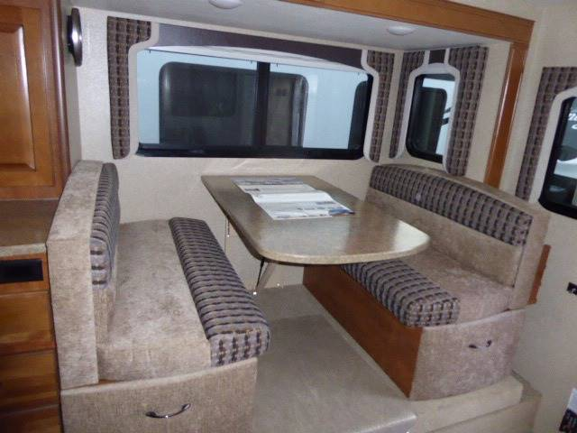 2017 Lance Camper 1062 Truck Camper - Grants Pass OR