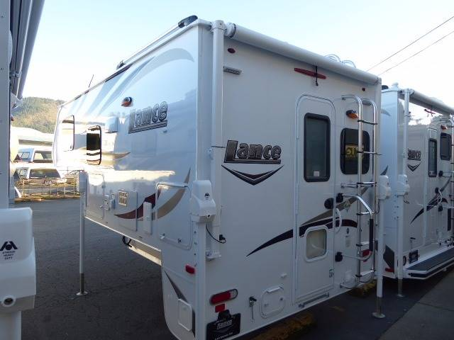 2017 Lance Camper 850  - Grants Pass OR