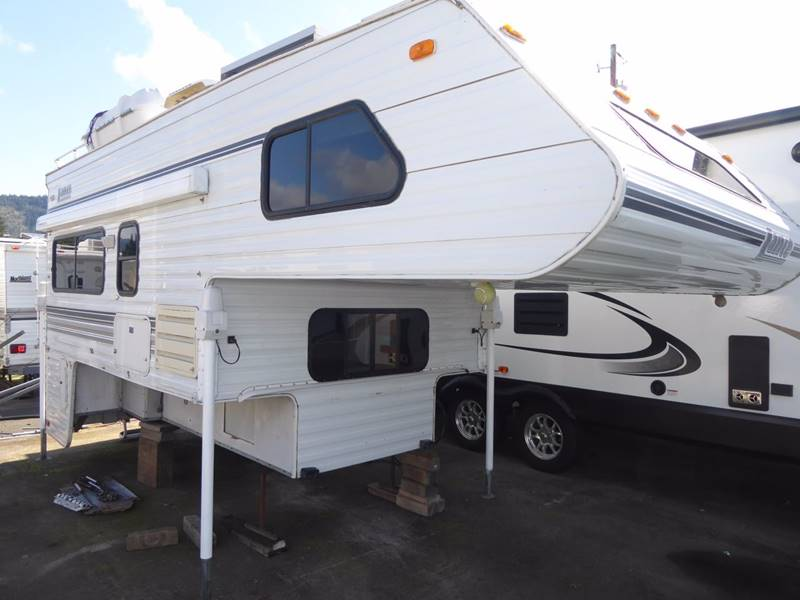 2000 Lance 1020 Truck Camper - Grants Pass OR