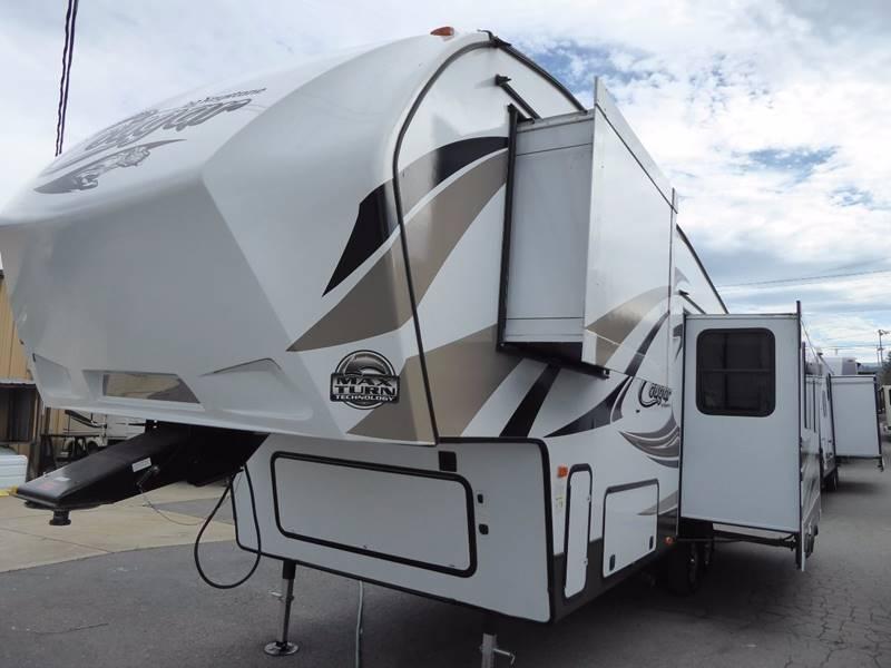 2016 Keystone Cougar 277RLS 5th wheel  - Grants Pass OR