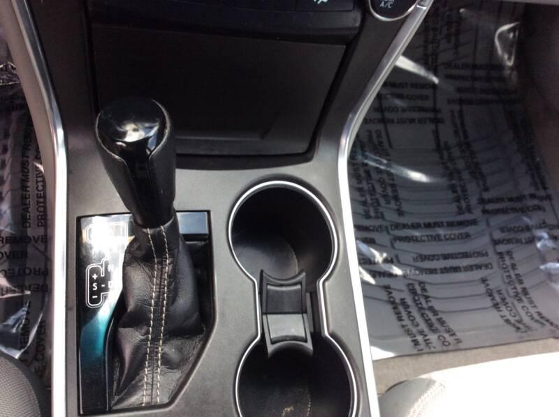 2017 Toyota Camry LE 4dr Sedan - Lyman SC