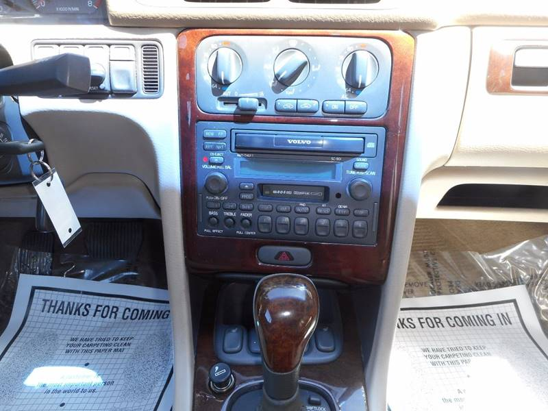 2004 Volvo C70 2dr HPT Turbo Convertible - Winchester VA