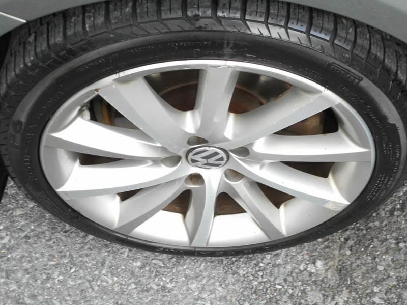 2008 Volkswagen Passat VR6 4 Motion AWD 4dr Sedan 6A w/4xRear Side Airbags - Winchester VA