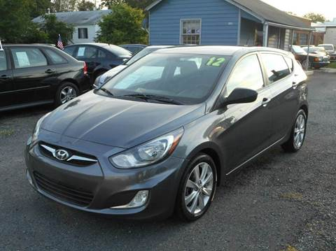 2012 Hyundai Accent for sale at D&S IMPORTS, LLC in Strasburg VA