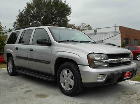 2004 Chevrolet TrailBlazer EXT for sale at D&S IMPORTS, LLC in Strasburg VA