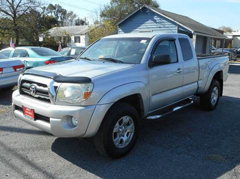 2006 Toyota Tacoma for sale at D&S IMPORTS, LLC in Strasburg VA