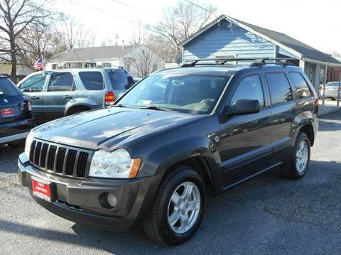 2005 Jeep Grand Cherokee for sale at D&S IMPORTS, LLC in Strasburg VA