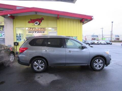 2018 Nissan Pathfinder for sale at Cardinal Motors in Fairfield OH