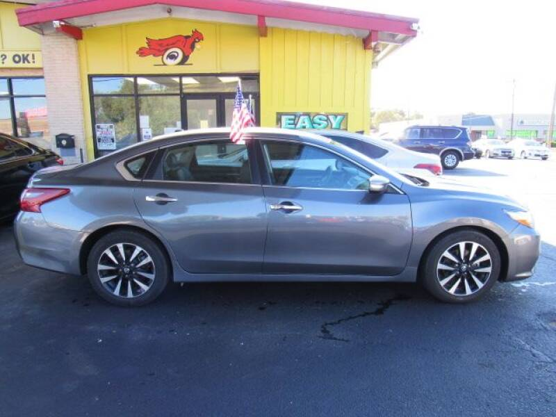 2018 Nissan Altima for sale at Cardinal Motors in Fairfield OH