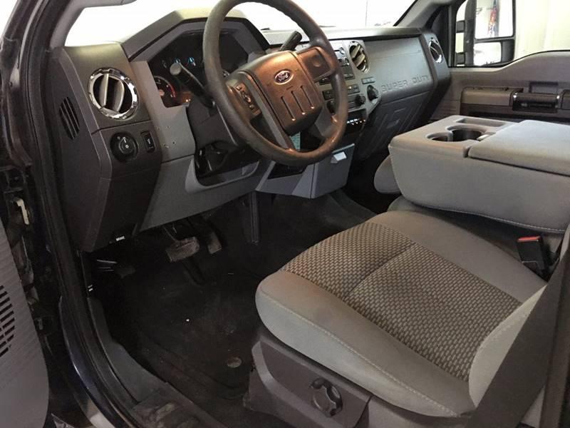 2011 Ford F-350 Super Duty 4x4 XLT 4dr Crew Cab 8 ft. LB SRW Pickup - 250 E Main Street IL