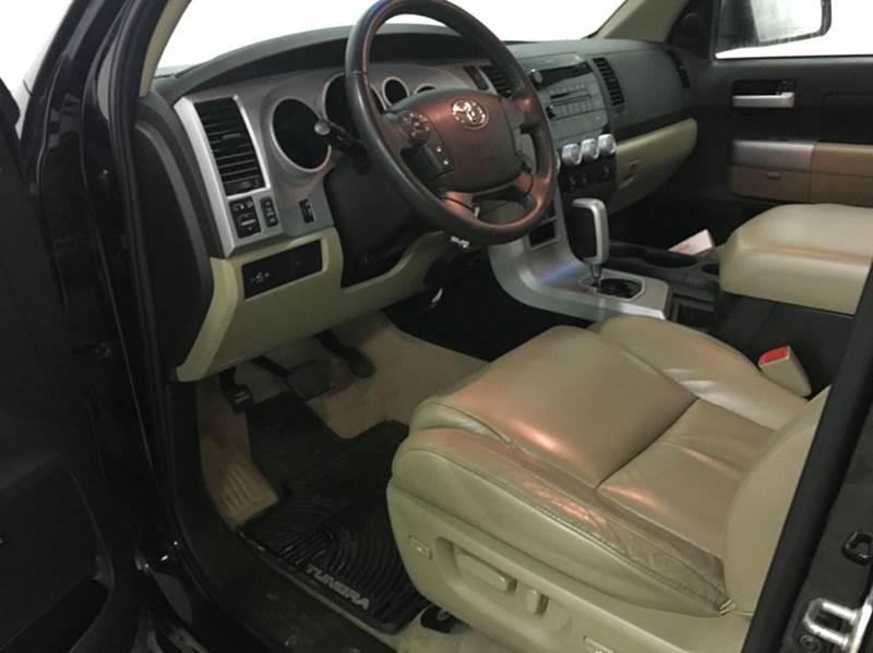 2008 Toyota Tundra 4x4 Limited 4dr Double Cab (5.7L V8) - 250 E Main Street IL
