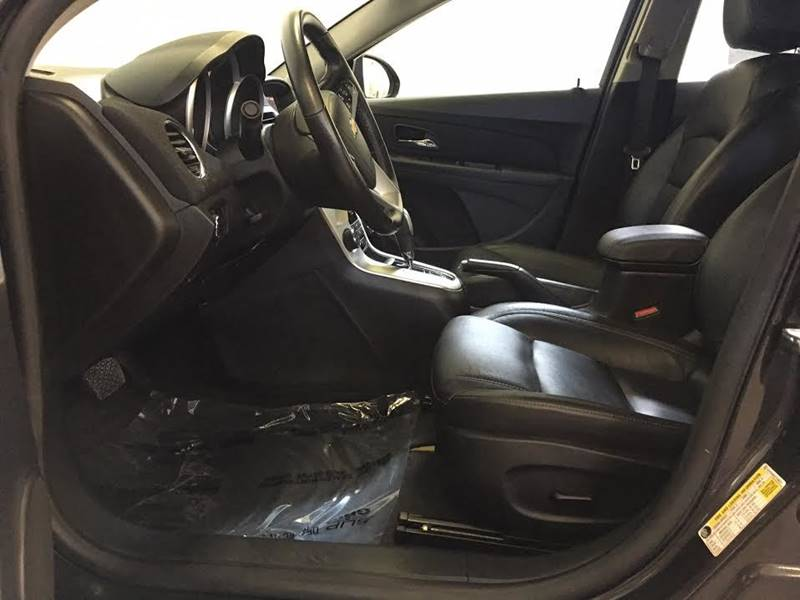 2015 Chevrolet Cruze 2LT Auto 4dr Sedan w/1SH - 250 E Main Street IL