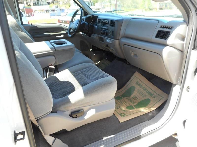 2001 Ford F-250 Super Duty 2dr Standard Cab XLT 2WD LB - Lenoir NC