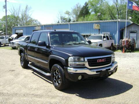 2004 GMC Sierra 1500 for sale at Tom Boyd Motors in Texarkana TX