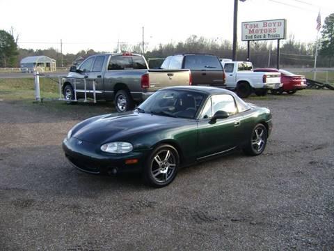 2000 Mazda MX-5 Miata for sale at Tom Boyd Motors in Texarkana TX