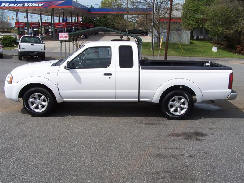 2000 nissan frontier 2dr xe extended cab sb in lincolnton nc darin grooms auto sales. Black Bedroom Furniture Sets. Home Design Ideas