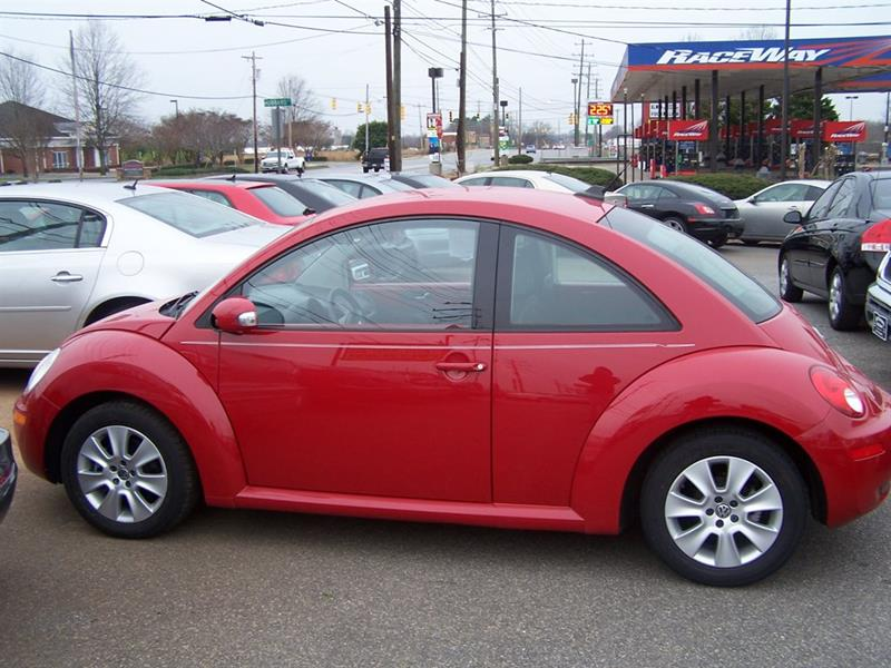 2009 volkswagen new beetle 2dr coupe 6a in lincolnton nc darin grooms auto sales. Black Bedroom Furniture Sets. Home Design Ideas