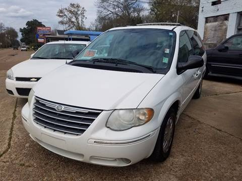 2006 Chrysler Town and Country for sale in Canton, MS