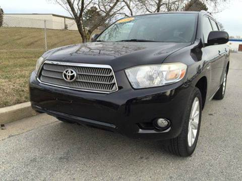 2008 Toyota Highlander Hybrid for sale at TruckMax in N. Laurel MD