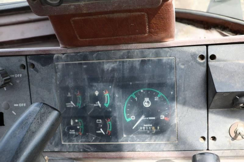 1993 Case IH  580 4X4 EXTEND A HOE SUPER K - Pittsfield MA