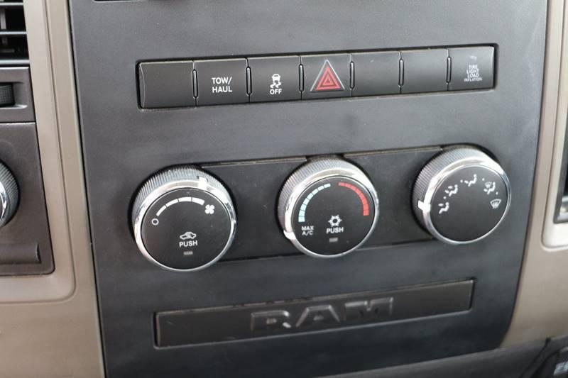 2012 RAM Ram Pickup 2500 4x4 ST 2dr Regular Cab 8 ft. LB Pickup - Pittsfield MA