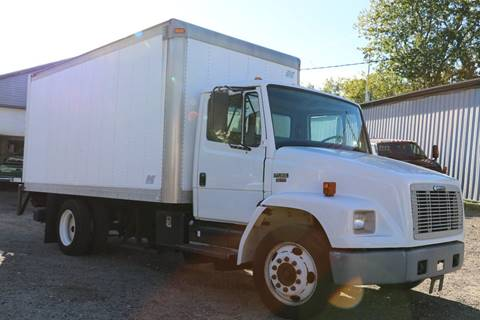 2004 Freightliner FL 60 for sale in Pittsfield, MA