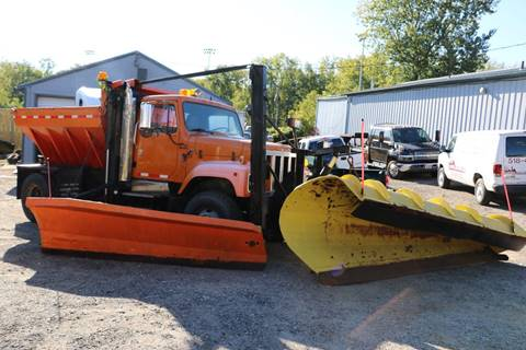 1990 International 2574 4X2 for sale in Pittsfield, MA