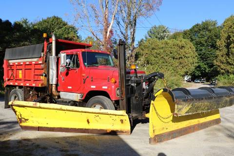 2001 International 2574 for sale in Pittsfield, MA