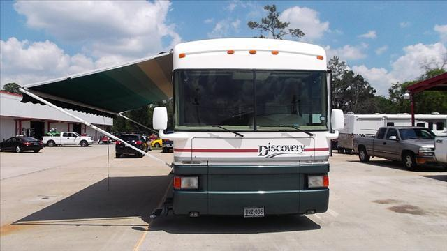 1998 Fleetwood Discovery 36T In Humble TX - Texas Best RV
