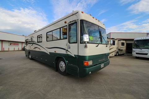 1998 Country Coach Intrigue 40 for sale at Texas Best RV in Humble TX