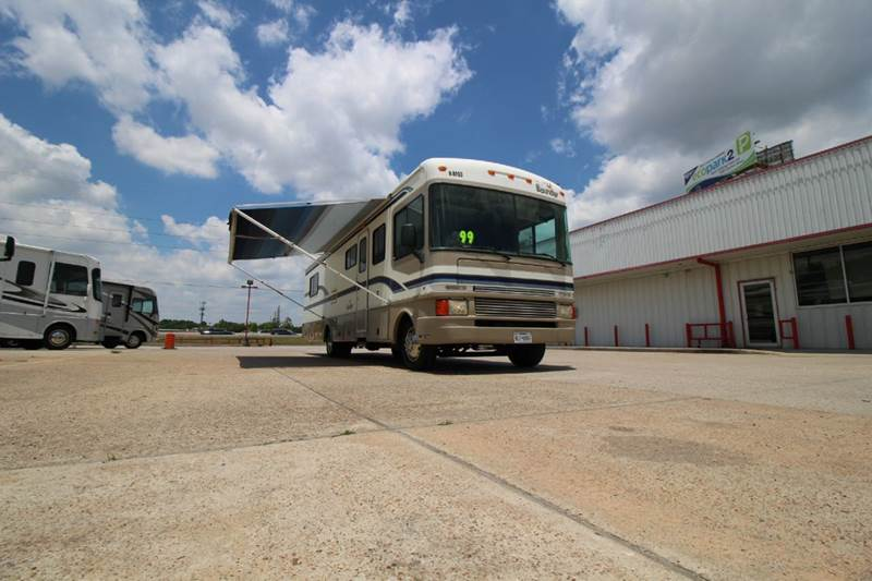 1999 Fleetwood Bounder 34J for sale at Texas Best RV in Humble TX