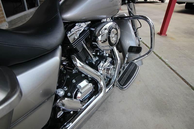 2009 Harley-Davidson Street Glide FLHX - Humble TX