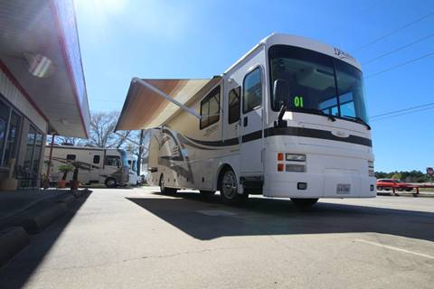 2001 Fleetwood Discovery for sale at Texas Best RV in Humble TX