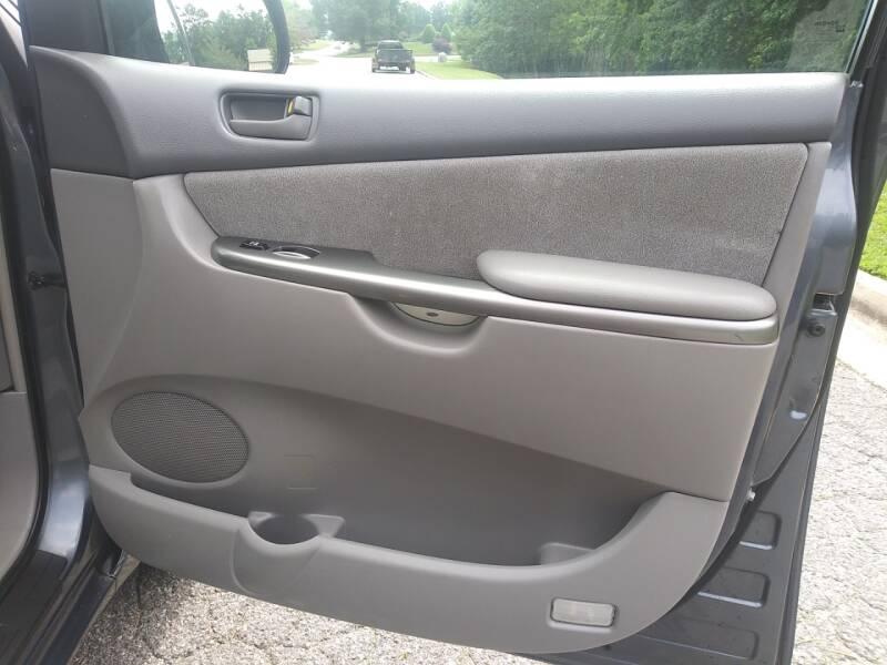 2006 Toyota Sienna CE 7-Passenger 4dr Mini-Van - Alpharetta GA