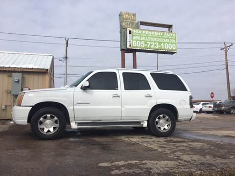 2002 Cadillac Escalade for sale at Independent Auto in Belle Fourche SD