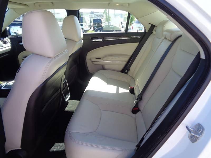 2016 Chrysler 300 AWD Limited 4dr Sedan - Fargo ND