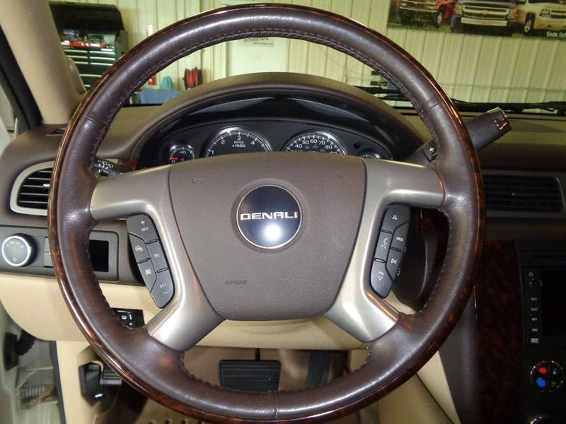 2010 GMC Yukon AWD Denali 4dr SUV - Fargo ND