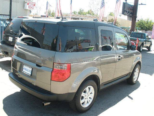 2007 Honda Element for sale at Auto Wholesale Outlet in North Hollywood CA