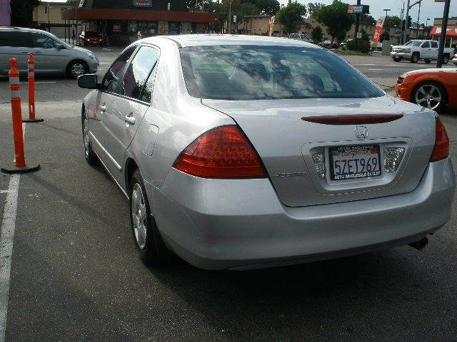 2007 Honda Accord for sale at Auto Wholesale Outlet in North Hollywood CA