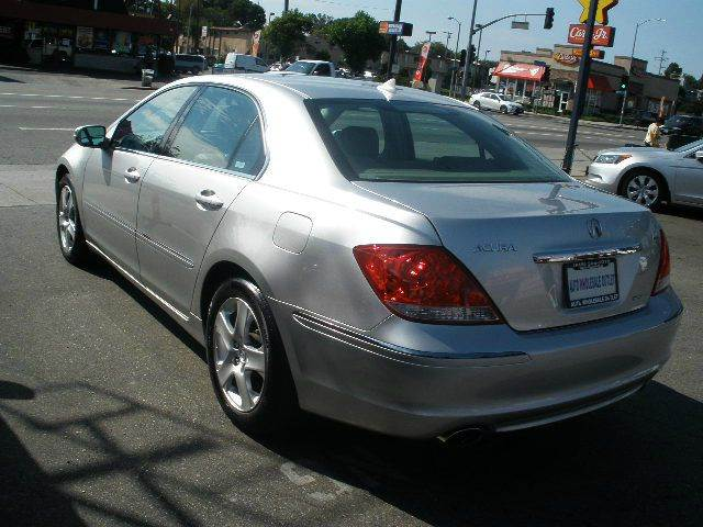 2006 Acura RL for sale at Auto Wholesale Outlet in North Hollywood CA