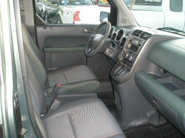2004 Honda Element for sale at Auto Wholesale Outlet in North Hollywood CA