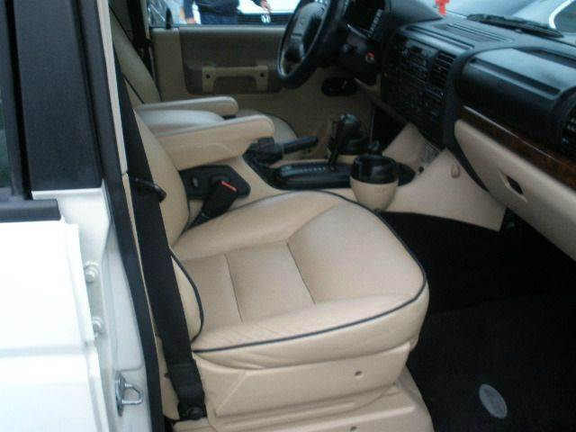 2003 Land Rover Discovery for sale at Auto Wholesale Outlet in North Hollywood CA