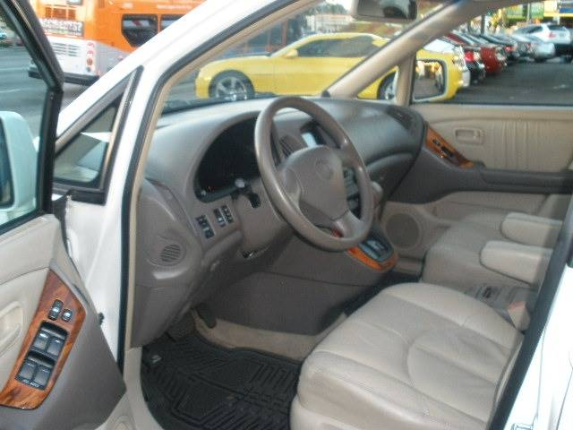 1999 Lexus RX 300 for sale at Auto Wholesale Outlet in North Hollywood CA