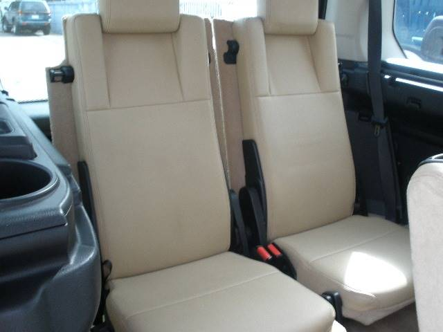 2006 Land Rover LR3 for sale at Auto Wholesale Outlet in North Hollywood CA