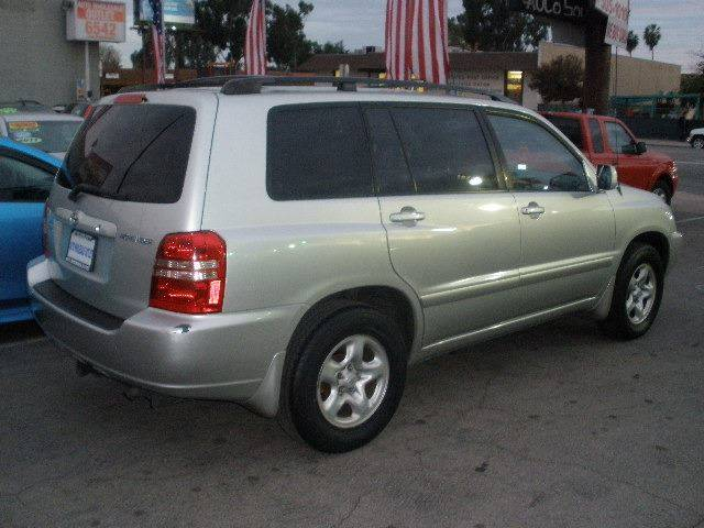 2003 Toyota Highlander for sale at Auto Wholesale Outlet in North Hollywood CA