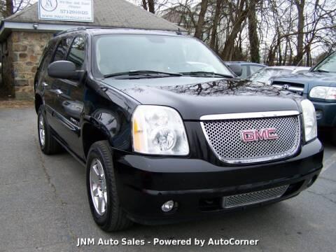 2007 GMC Yukon Denali for sale at JNM AUTOMOTIVE SALES in Leesburg VA