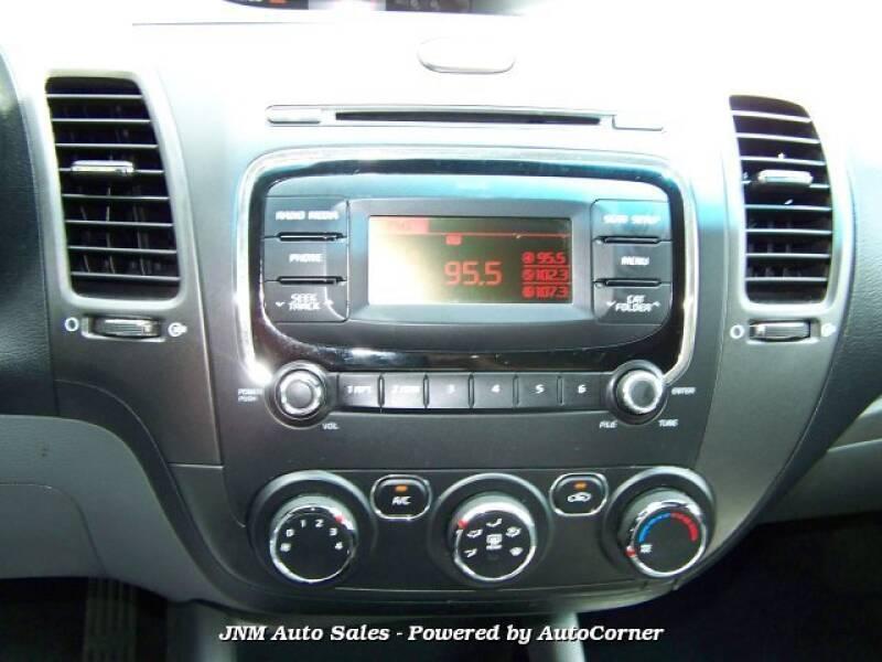 2017 Kia Forte LX 4dr Sedan 6A - Leesburg VA