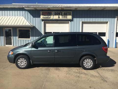2006 Chrysler Town and Country for sale in Garretson, SD